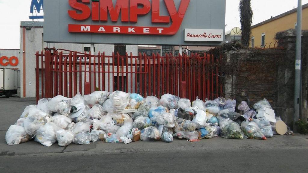 rifiuti via bonino1