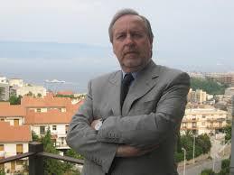 L'ex preside di Farmacia Giuseppe Bisignano