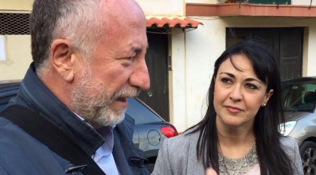 Gaetano Sciacca con accanto il deputato regionale del M5Stelle Valentina Zafarano
